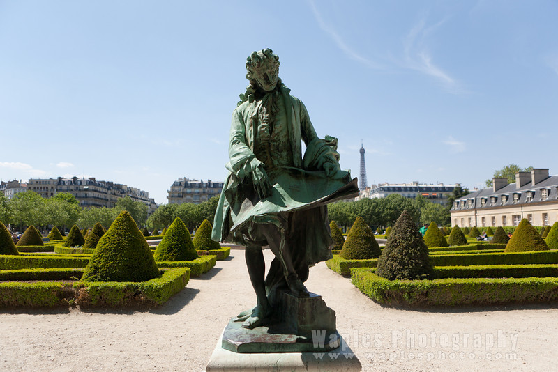 Statue in the Gardens surrounding Les Invalides