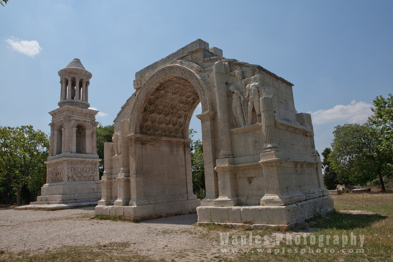 Cenotaph and triumphal arch of Glanum