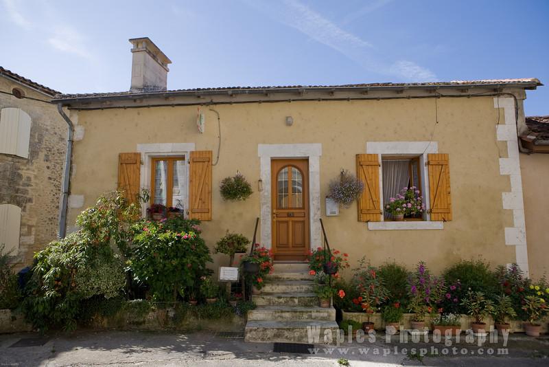 Home in Bourdeille