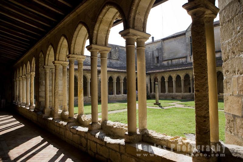 Church Cloister, Saint-ƒmilion, Gironde