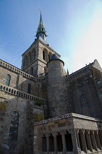 Different angle of the Abbey