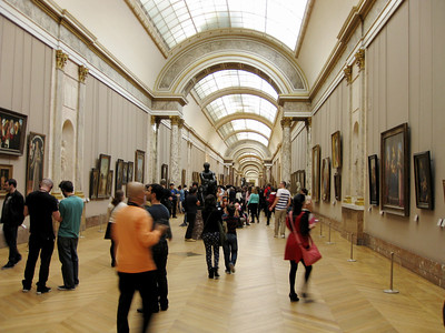 Diving into the madhouse that is the Italian wing in the Louvre