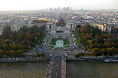 """It's easy to forget that Paris is still a major metropolitan center, and thus would have a """"normal"""" downtown.  Does anyone go there?"""
