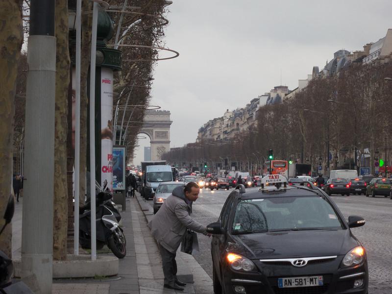 Champs Elysees<br /> Paris - 2013-01-11 at 15-20-10