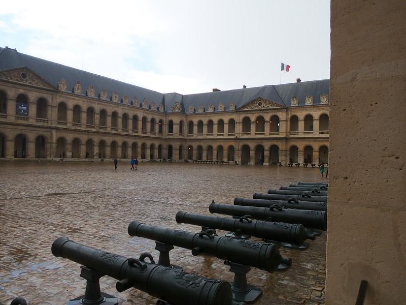 Invalides yard<br /> Paris - 2015-02-21 at 15-43-58