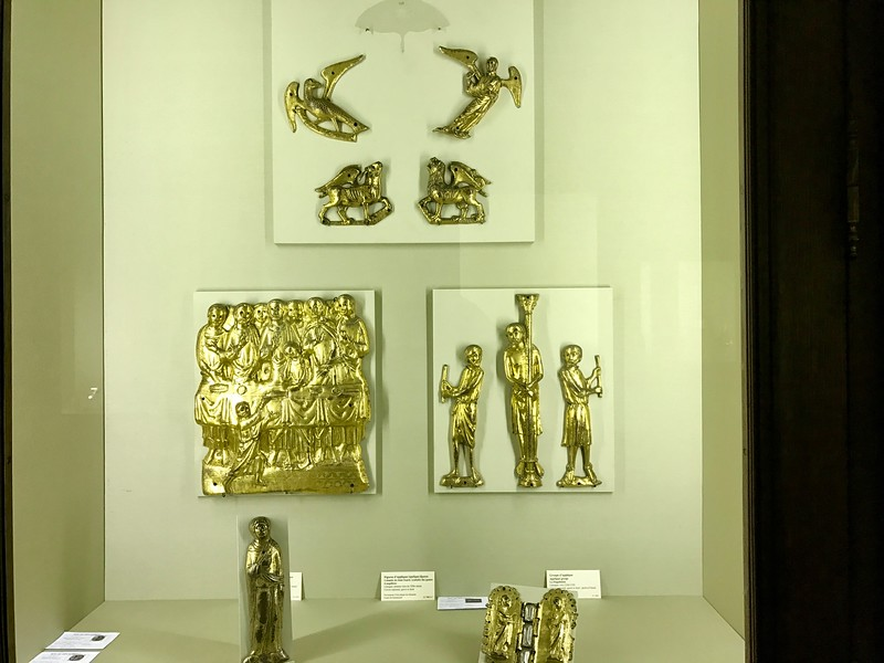 Gold Objects  at the Cluny Museum