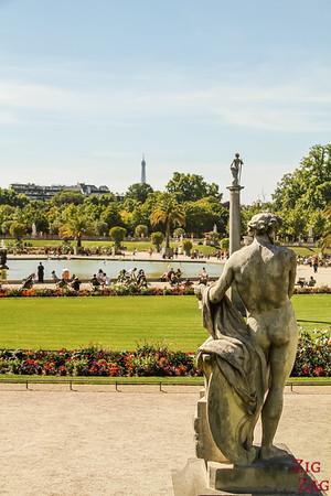 Luxembourg Garden Paris - statue 5