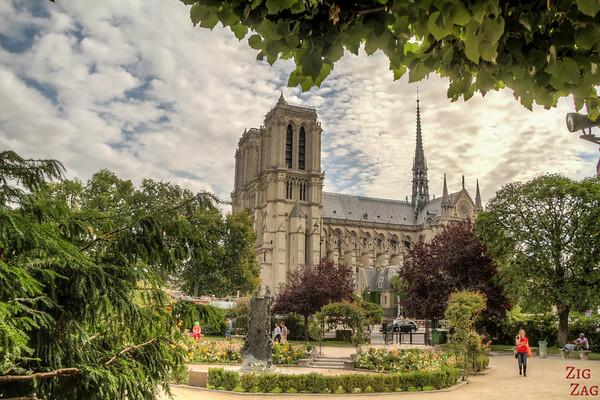 Best spot to photograph Notre Dame from: Square René Viviani, Paris 3