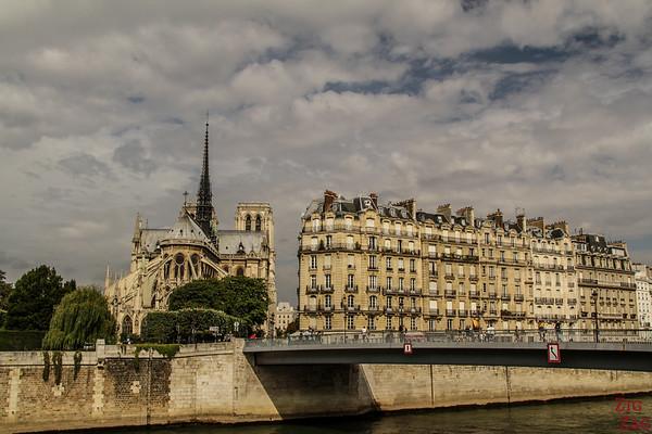 Best spot to photograph Notre Dame from: from Quai d'Orléans, Paris
