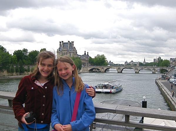 Paris    Paige & Chiara