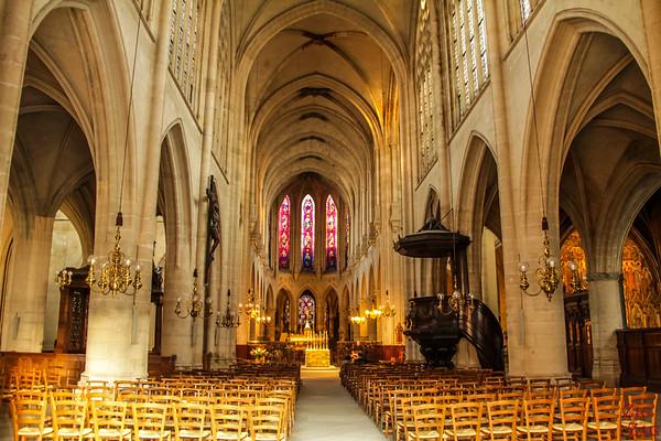 Saint Germain l'Auxerrois church, paris - inside 1