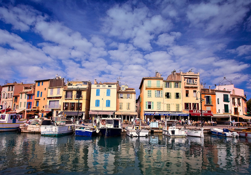 Waterfront at Cassis_2108a