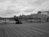 Musico en un puente sobre el Sena