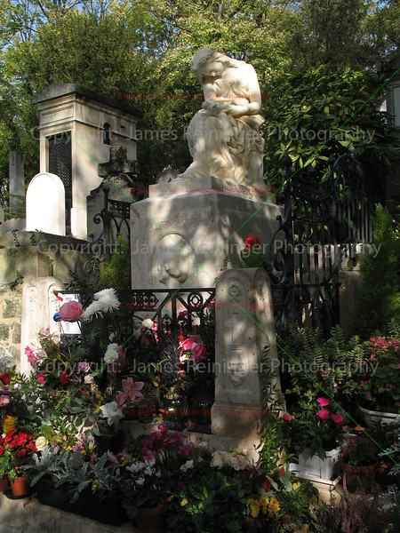 Chopin's Grave Site<br /> Paris, France