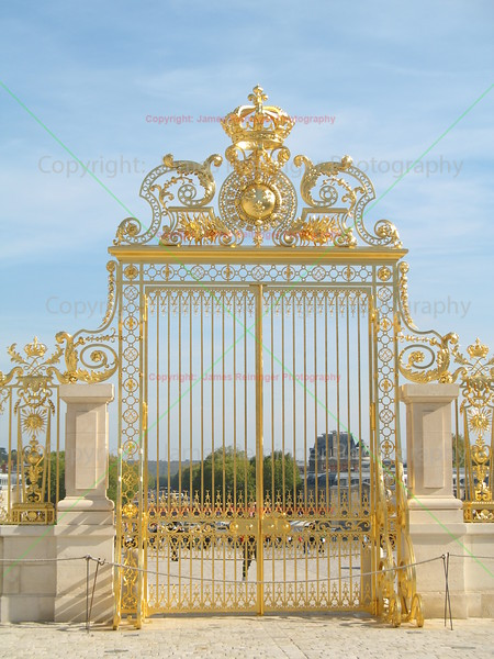 Palace of Versailles <br /> Paris, France