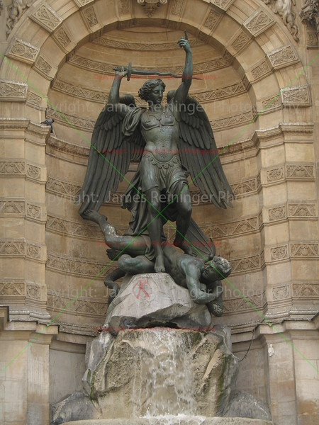 Fontaine Saint-Michel<br /> Paris, France