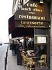Bar en una centrica calle de Paris