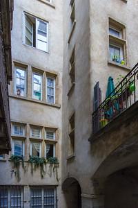 Cours et traboules du Vieux-Lyon