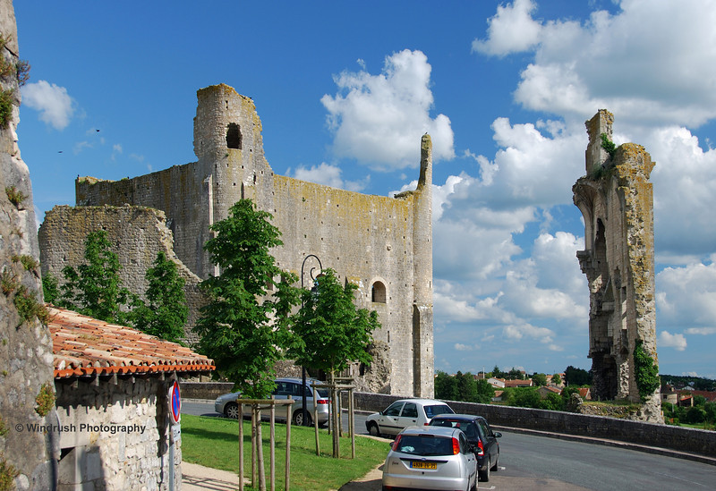 020 Medieval fortifications, Chauvigny