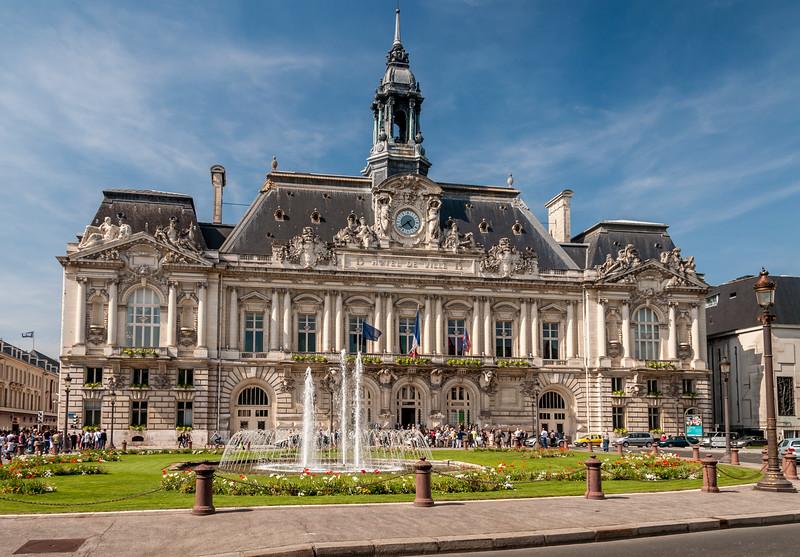 128 Hotel de Ville, Tours
