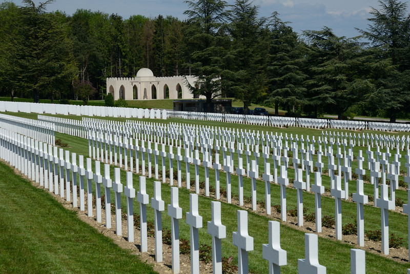 """<p align=""""left"""">In the background is the Memorial to Muslim soldiers. This was originally a small monolith, but in recent years this relatively small monument was relocated and placed inside a much grander structure, which was inaugurated on the 25th of June 2006 by Jacques Chirac.</p>"""