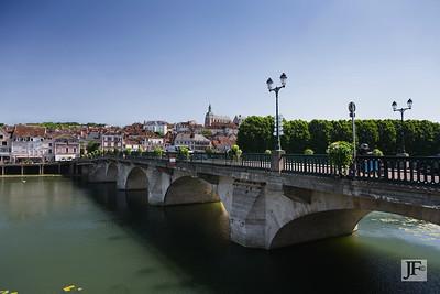 River Yonne, Joigny
