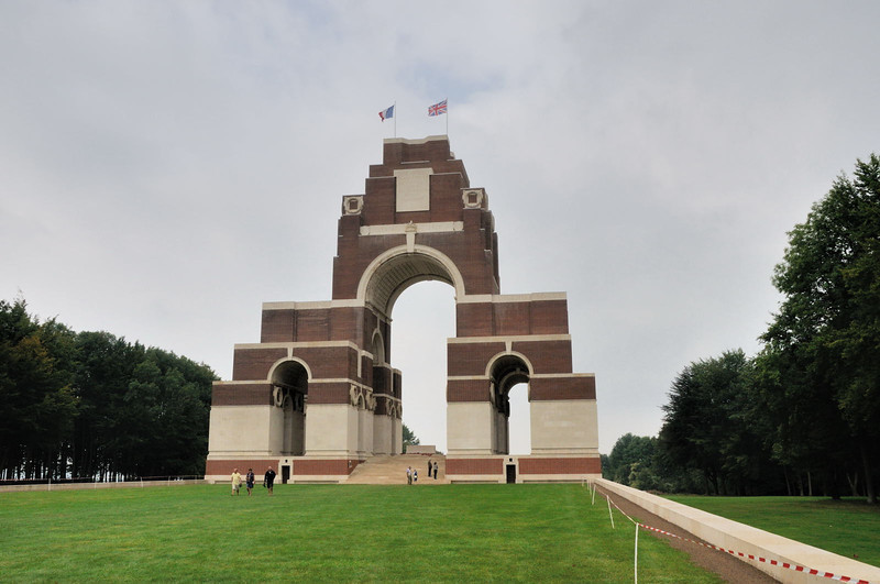The Thiepval memorial was designed by Sir Edwin Lutyens. It was built in red brick and limestone between 1928 and 1932.