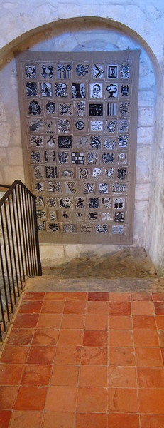 Stairwell leading to Van Gogh's room.