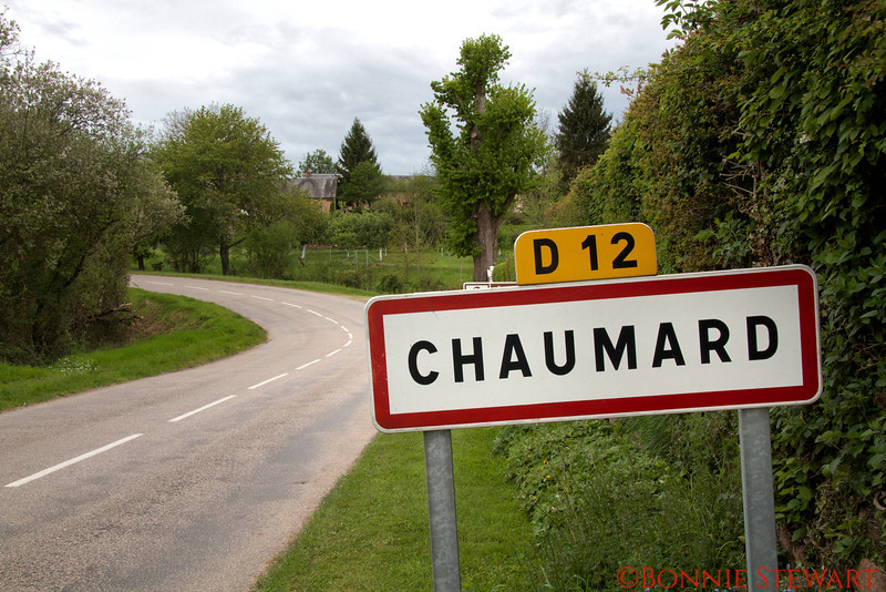 Sign to the Village of Chaumard