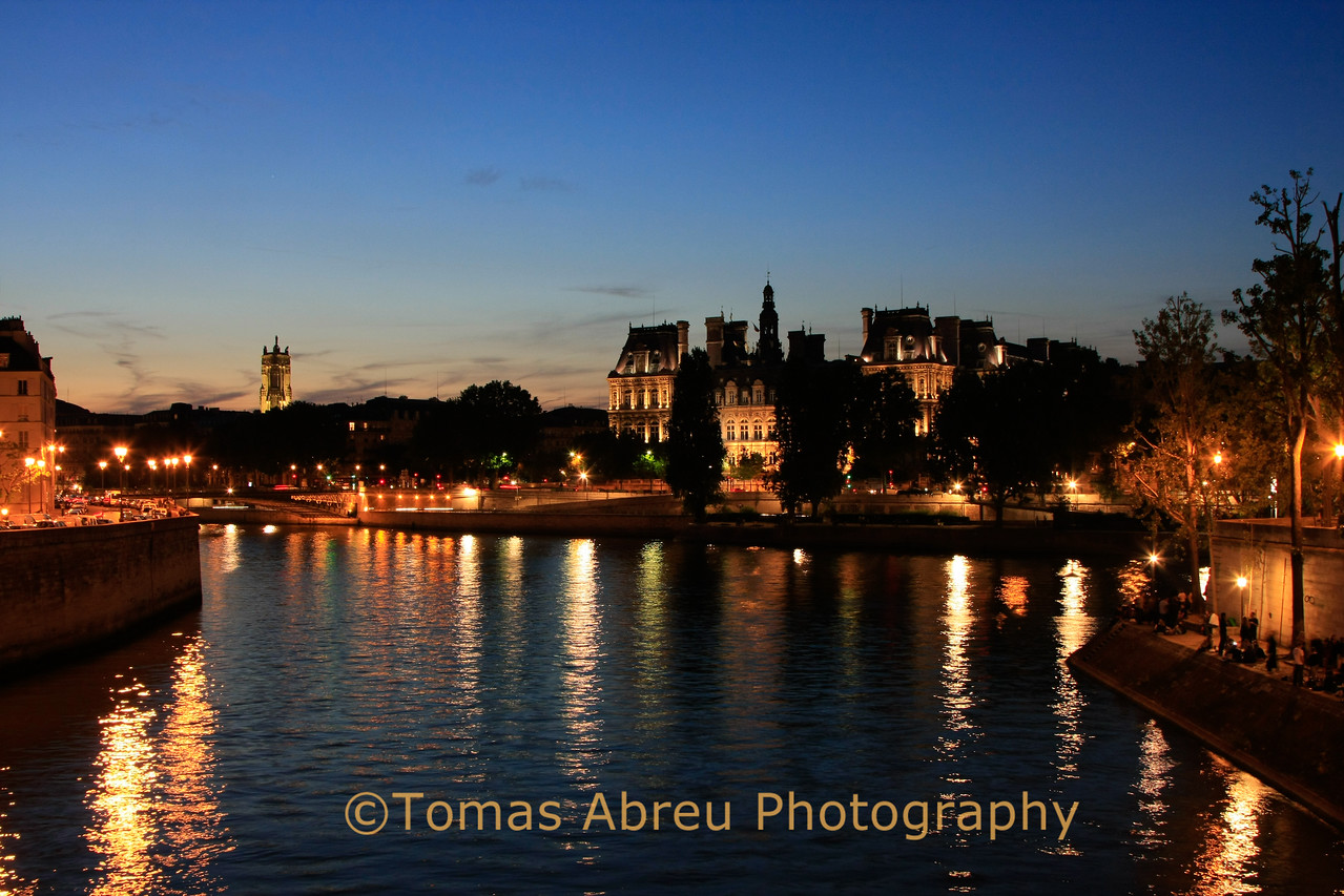 Seine River and Hotel de Ville