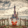 <b>Sleeping Beauty Castle - Disneyland (Paris)</b> <i>Canon EOS 5D Mark II + Canon EF 24-70mm f/2.8L USM</i>