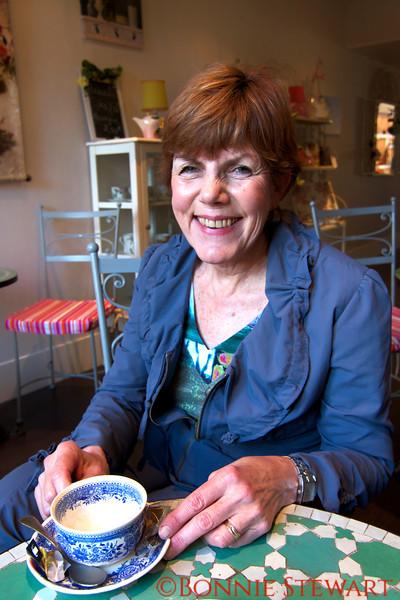 Carol Gardyne, Master Artist in silk design