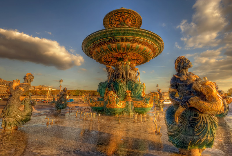 Fontaine des Mers on the Place de la Concorde @ Paris (France)