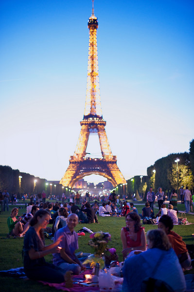 Everyone in Paris seems to come out to enjoy wine and food with their friends on all of the parks in the evening. Amazing.