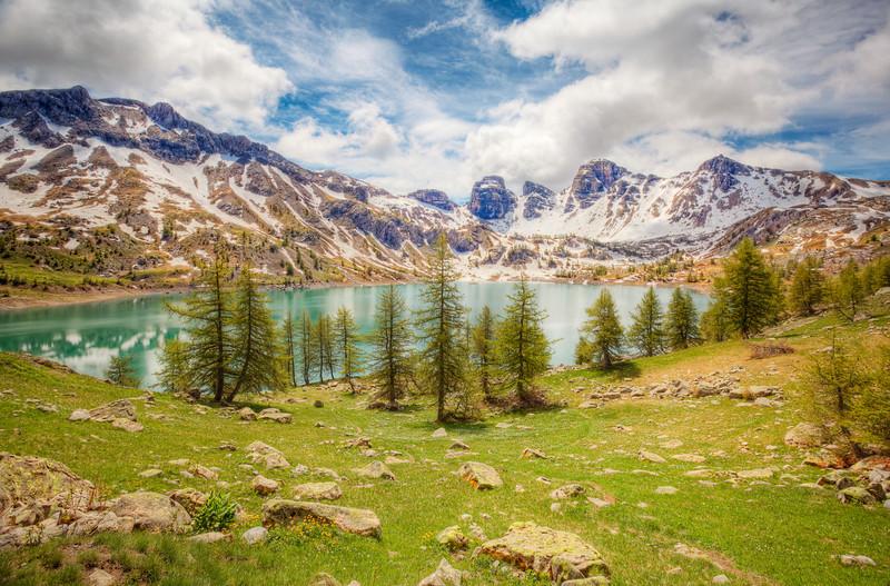 <b>Allos Lake #3 (France)</b> <i>Canon EOS 5D Mark II + Canon EF 17-40mm f/4L USM</i>