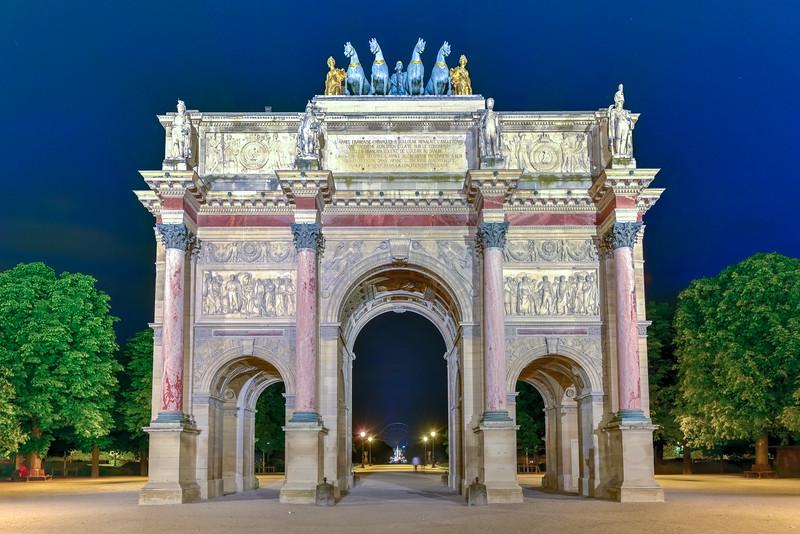 Arc de Triomphe at the Place du Carrousel