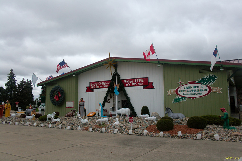 """Some photos from Bronner's Christmas Wonderland in Frankenmuth, MI.<br />  <a href=""""http://www.bronners.com/"""">http://www.bronners.com/</a>"""