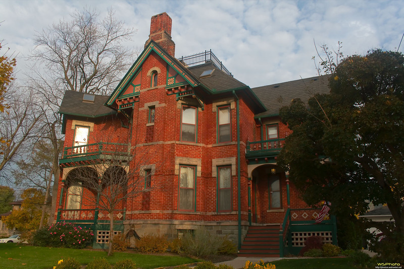 """The  Historic Webster House Bed & Breakfast<br />  <a href=""""http://www.historicwebsterhouse.com/history"""">http://www.historicwebsterhouse.com/history</a><br /> This is a beautiful bed & breakfast made even better by its keepers, Frank & Gail. Highly recommended."""