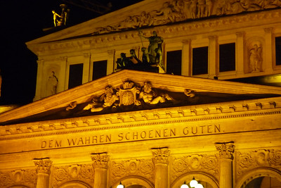 der Alten Oper Frankfurt, opened in 1880, rebuilt after being destroyed in WWII it reopened in 1981