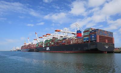 Containerterminal 3 km kade