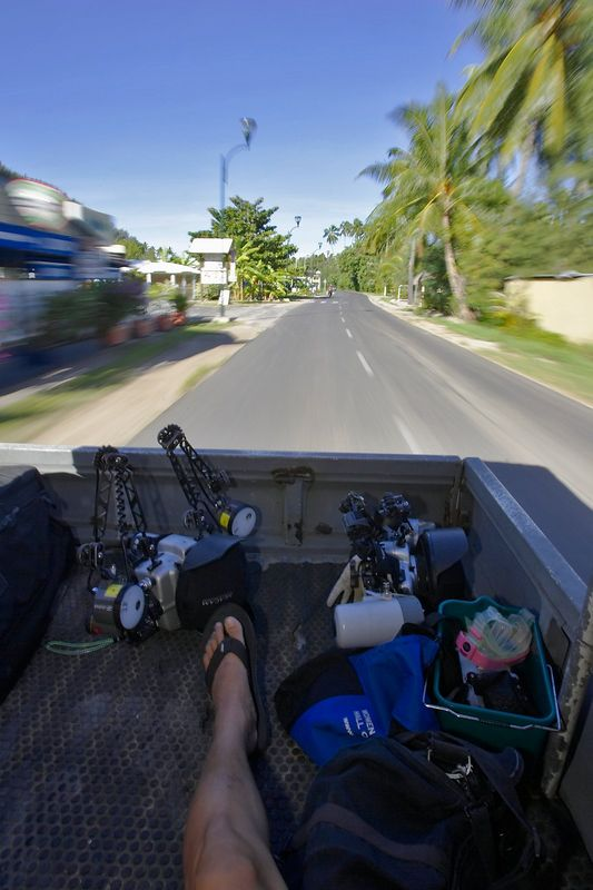 My foot, in the back of the transport (Moorea - Bathy's Club)