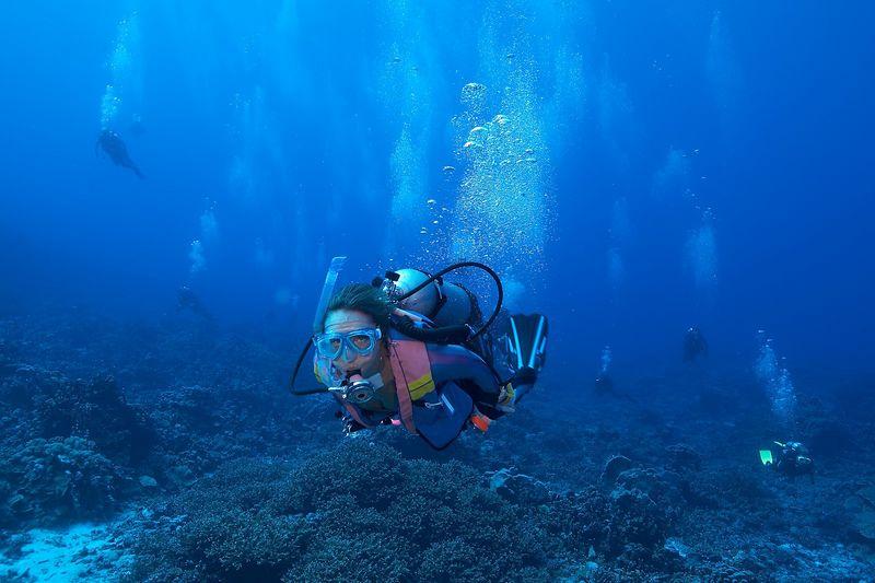 """Marilyn """"Marti"""" Georgeff underwater(Fakarava - South Pass)"""