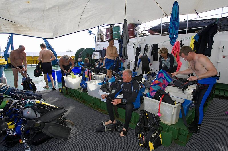 The crazy dive deck (Boat - Akademik Shokalskiy)