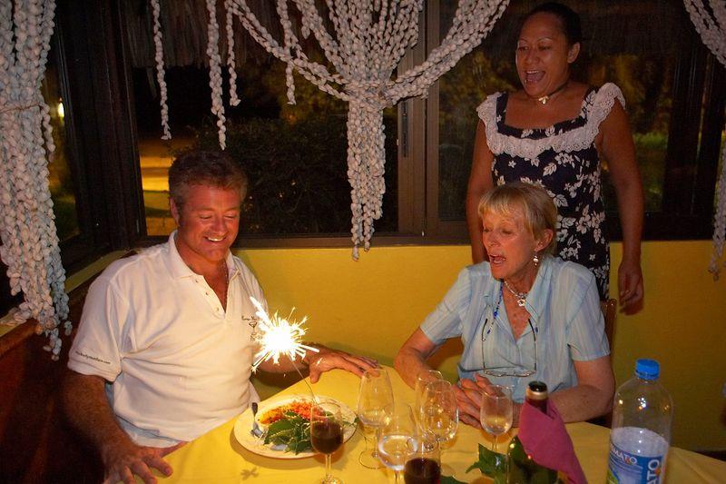 Early celebration of Douglas' birthday (Moorea - Les Timpaniers Restaurant)