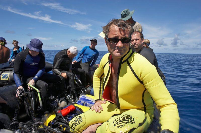 Douglas Seifert, during after-dive roll call (Fakarava - North Pass Drift)