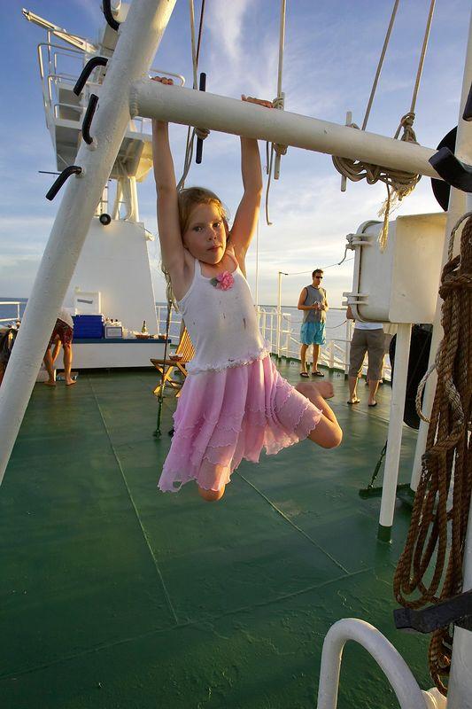 Kimberly McDowell swings around (Boat - Akademik Shokalskiy)