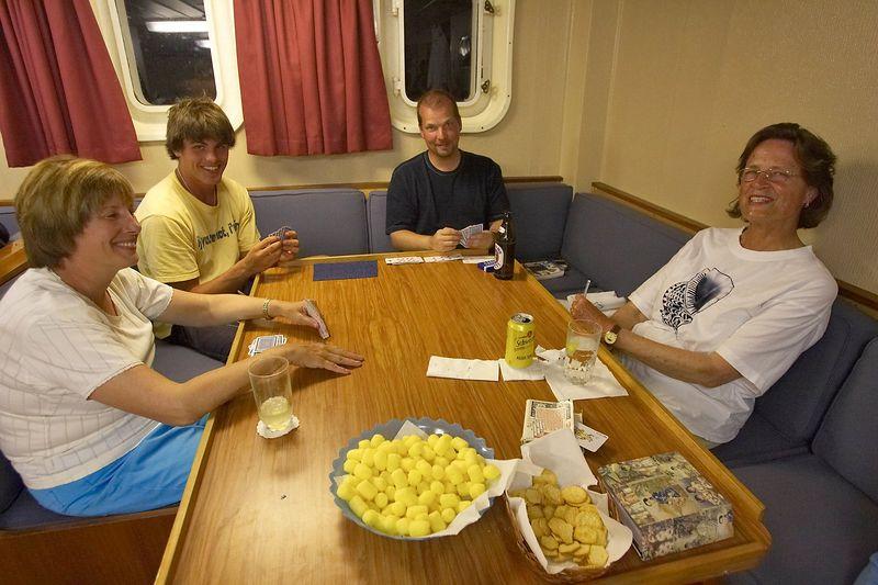 More hearts: Kathy Cunningham, Locky Bursle, Curtis Foster, Suzanne Schauwecker (Boat - Akademik Shokalskiy)