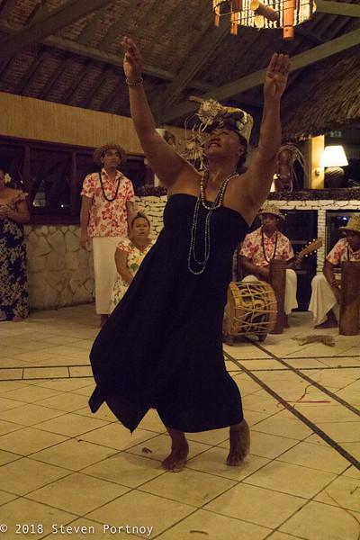 Polynesian Dancers - Hotel Kia Ora - Rangiroa