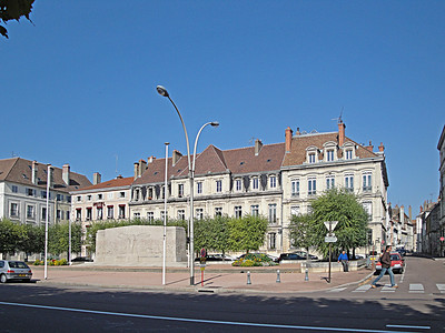 Sept 13: Chalon on the Soane River in Burgundy