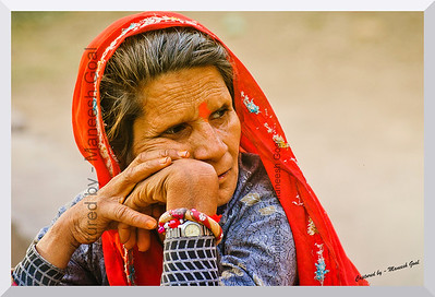The Wait | Rajasthani tribal woman @ Sawai Madhopur